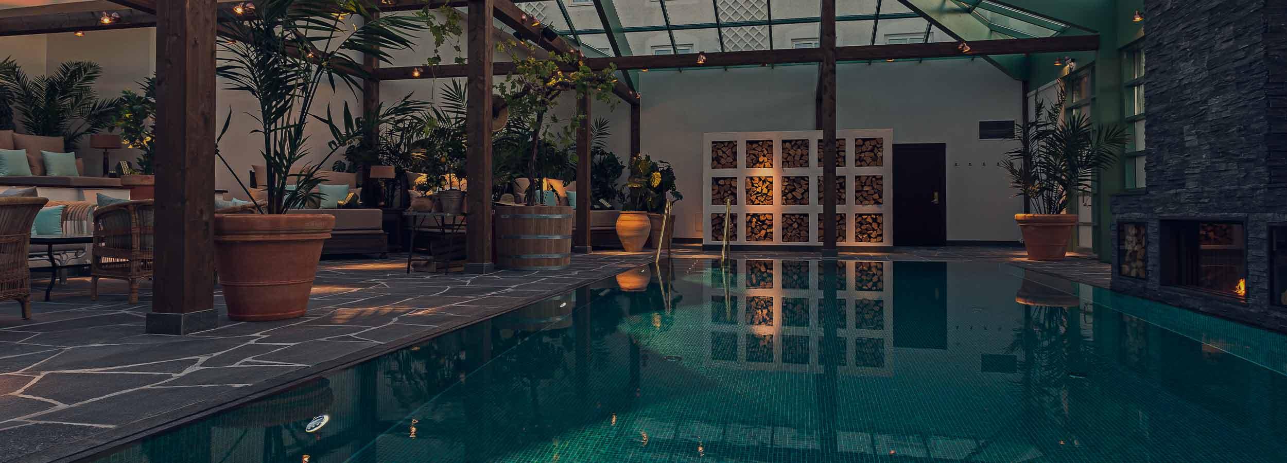 Jada spapaket med poolen till ditt förfogande på Falkenberg Strandbad