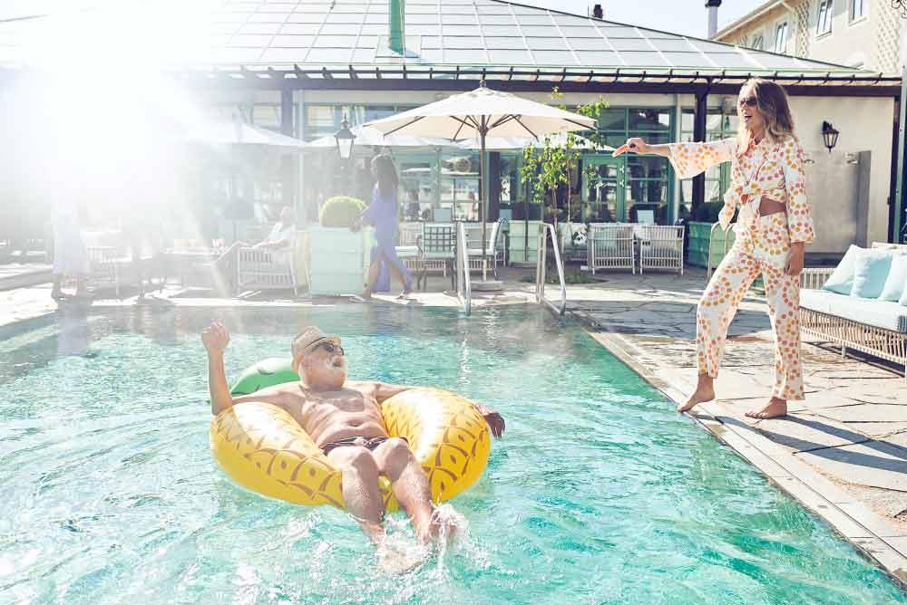 Pool och sköna oaser ingår när ni bokar Tropic Thunder konferenspaket på Falkenberg Strandbad