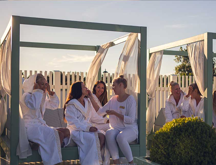 Yoga-relex på Falkenberg Strandbad